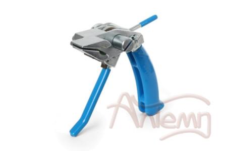 Инструмент с храповым механизмом для натяжения стальной ленты на опорах ИНТ-20 мини (КВТ)